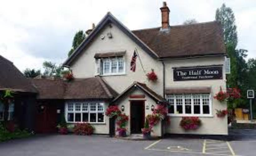 The Half Moon Windlesham